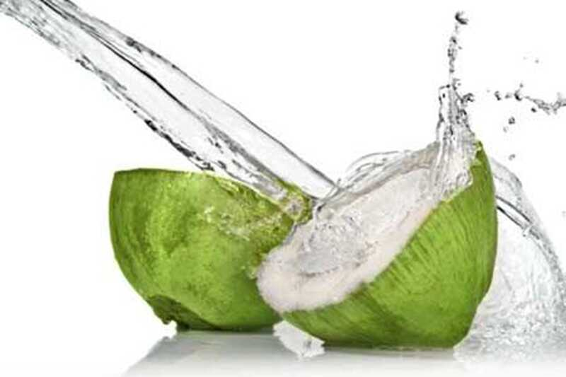 16 koristi kokosove vode, ki jih morate poznati