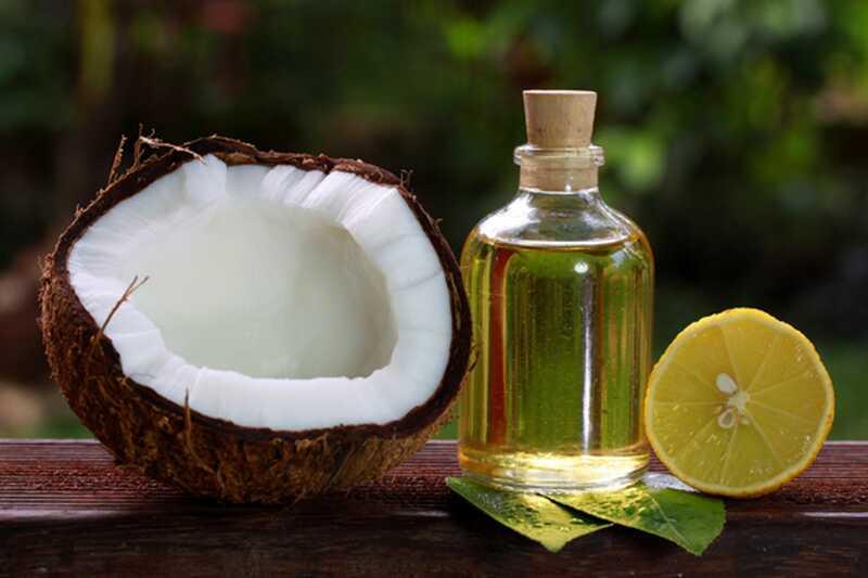 Top 10 načinov uporabe kokosovega olja za kožo in lase