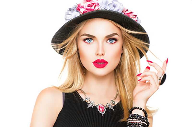 10 osnovnih modnih dodatkov, ki jih mora imeti vsaka deklica
