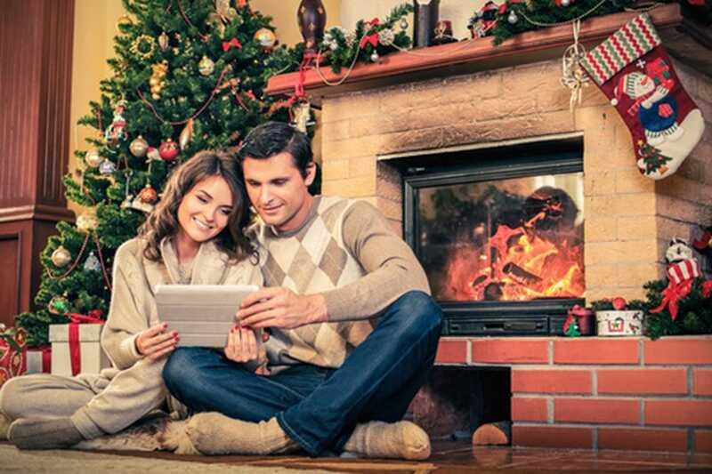 10 tipov božičnih fotografij, ki jih lahko vzamete s svojim fantom v tej praznični sezoni