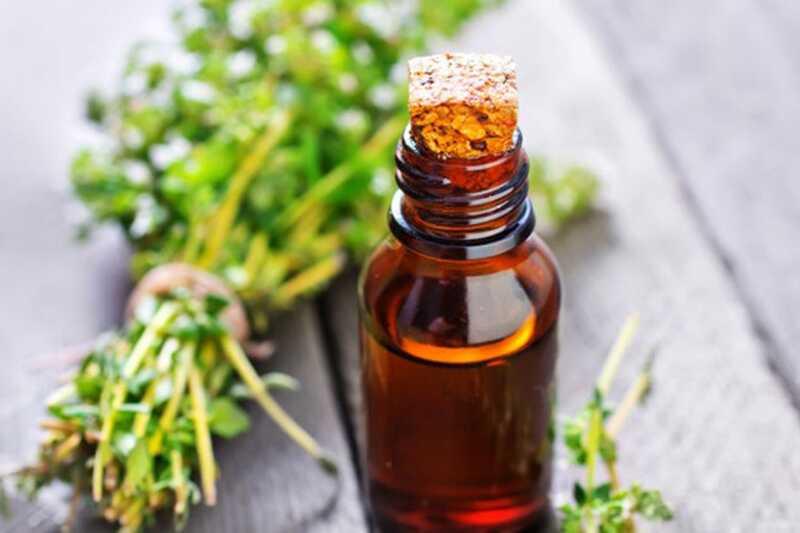 10 neverjetnih prednosti eteričnega olja timijana