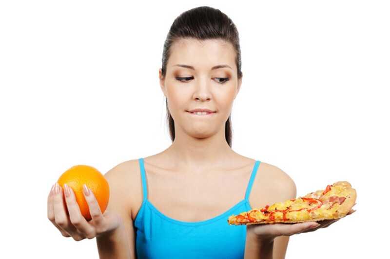 10 храна за избегавање равног стомака