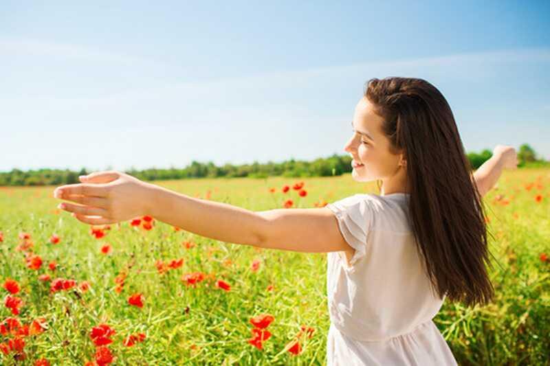 10 nasvetov o tem, kako imeti romanco s seboj, preden se pokažete z nekom drugim