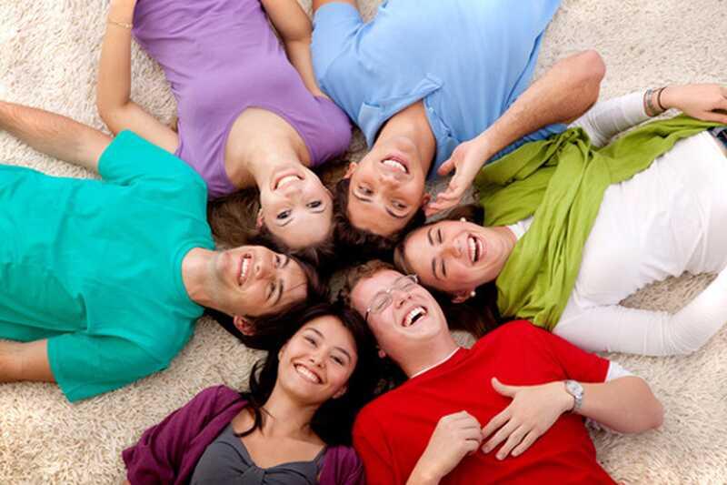 Kakšen smeh lahko naredi zate? 10 prepričljivih razlogov, zakaj se moramo več smejati