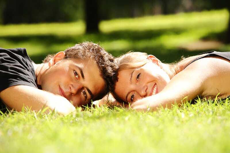 10 coses bones que pots fer per al teu xicot per fer-li somriure