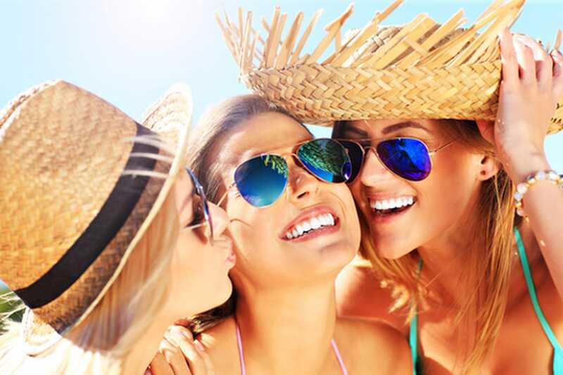 10 nasvetov o tem, kako ravnati s poletnimi sončnimi opeklinami