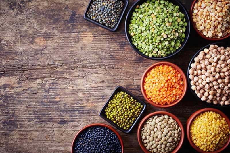Kakšna hrana povzroča napihnjenost in kakšna hrana pomaga zmanjšati to?