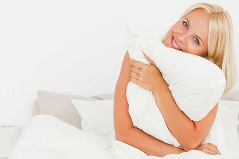 10 tips om hvordan du ser vakker og frisk ut når du er kort på søvn