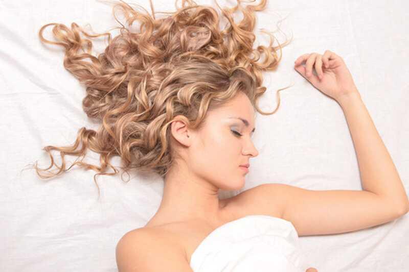 10 razlogov, zakaj ljudje, ki spijo goli, so veliko bolj zdravi