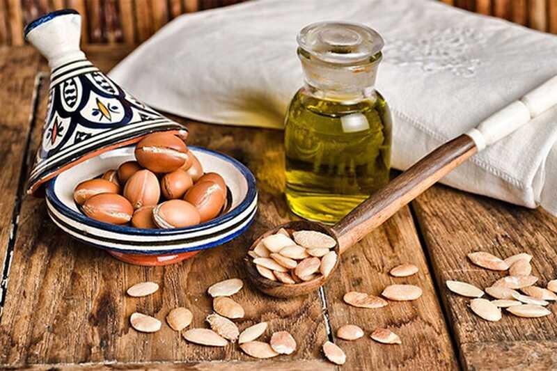 10 koristi olja arganskega olja in njegove uporabe za kožo, lase in nohte
