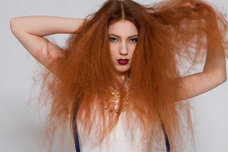 10 naravnih izdelkov iz vaše kuhinje, ki vam lahko pomagajo pri zatiranju lase