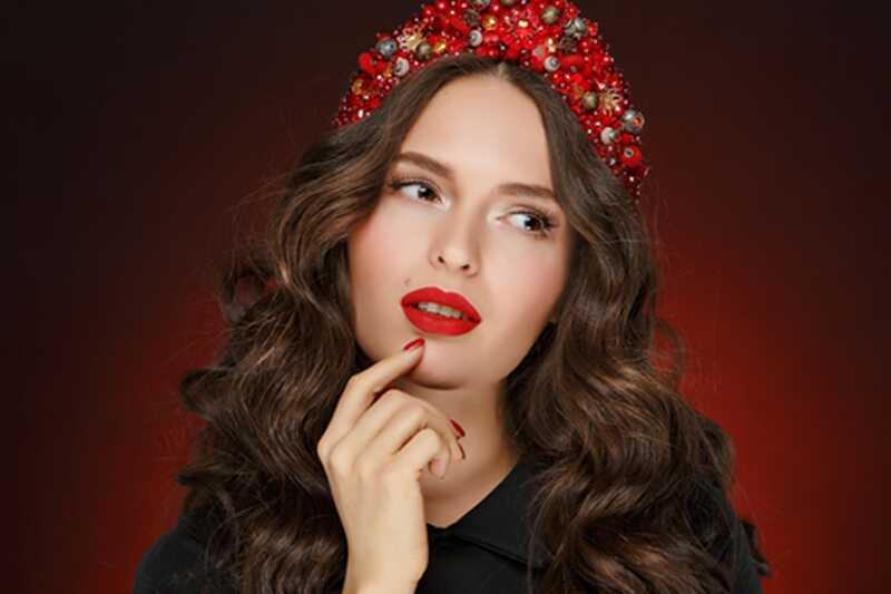 10 gamle skjønnhetsstandarder, det er vanskelig å tro var ekte