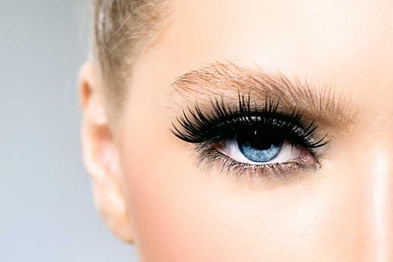 Kako napraviti plave oči pop? 10 saveti za šminku za plave oči