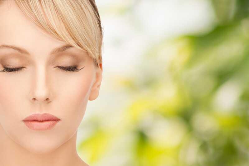 10 genij načinov za naravno hidriranje kože (obrazne maske)