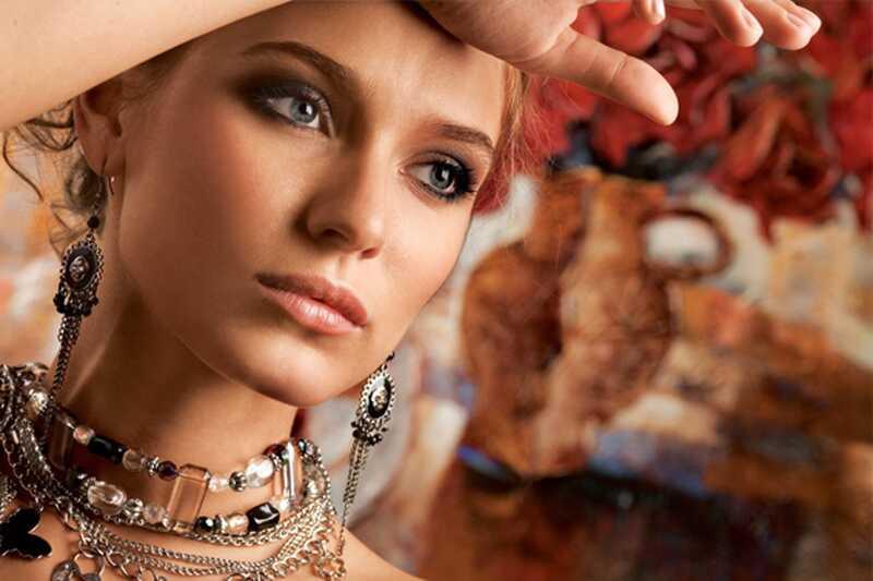 15 најбољих савета за уштеду девојака који воле шминку и одећу