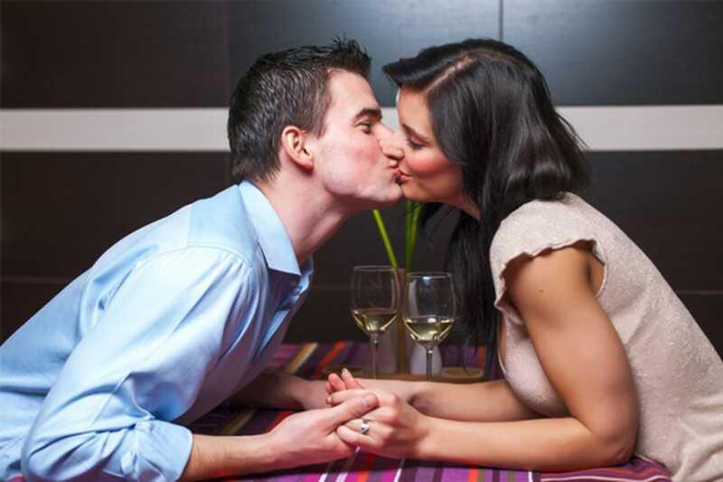 10 motius necessaris per tenir nits de dates regulars
