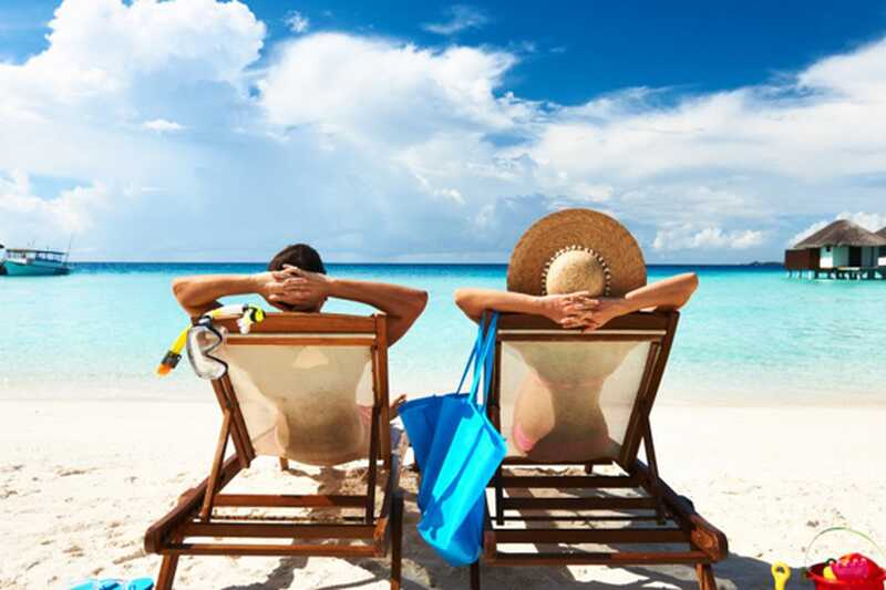 10 targad ideed selle kohta, kuidas raha maailma reisides teenida