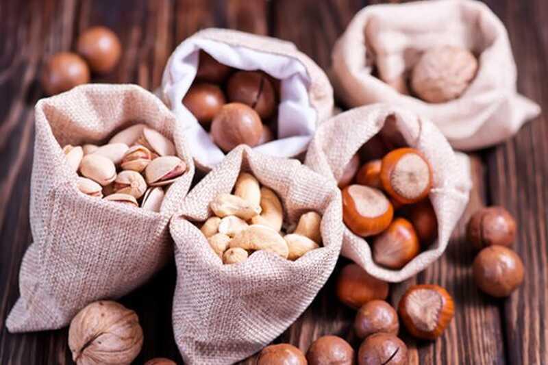 10 fruits secs amb increïbles beneficis per a la salut