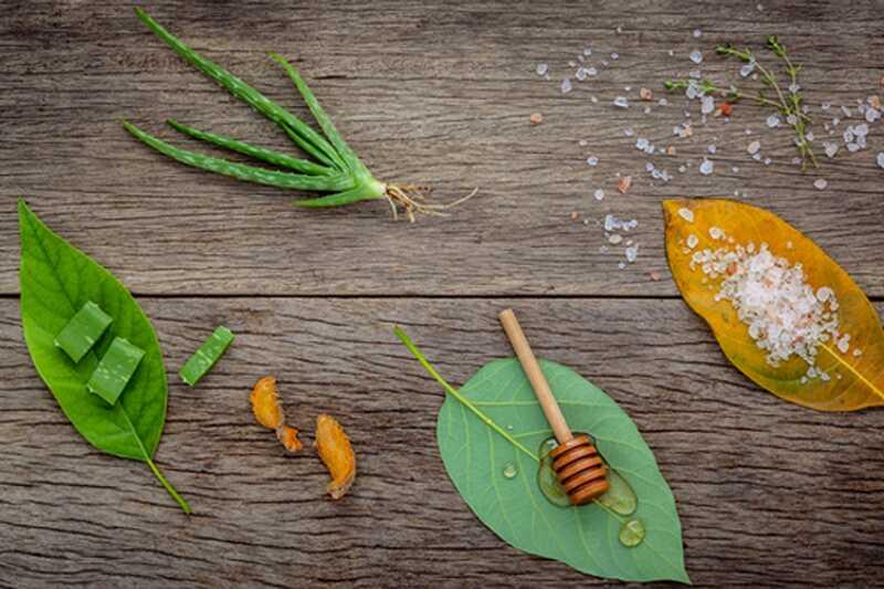 10 тајни природног уклањања ожиљака акни