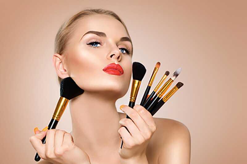 10 consells de maquillatge intel·ligents per a les noies que volen canviar la seva forma de cara