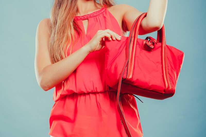 Tu je to, čo vaša taška hovorí o vašej osobnosti