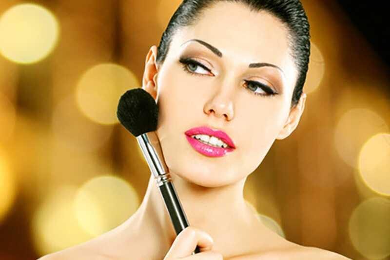 10 лоших навика шминке, требало би да престанеш што пре