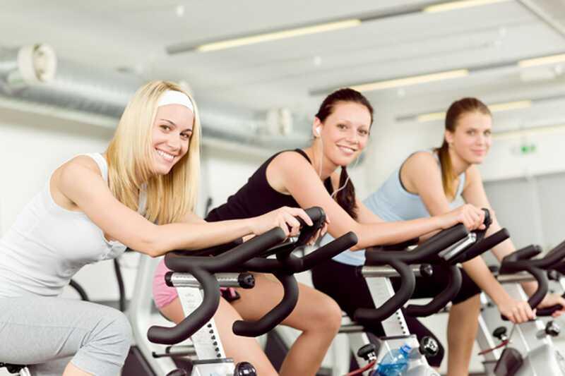 Top 8 najboljših vaj, ki vam pomagajo izgubiti težo