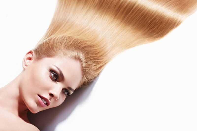 10 naravnih zdravil o tem, kako narediti vaše lase sijajne