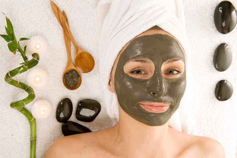 10 čudovitih home remedies za mastno kožo