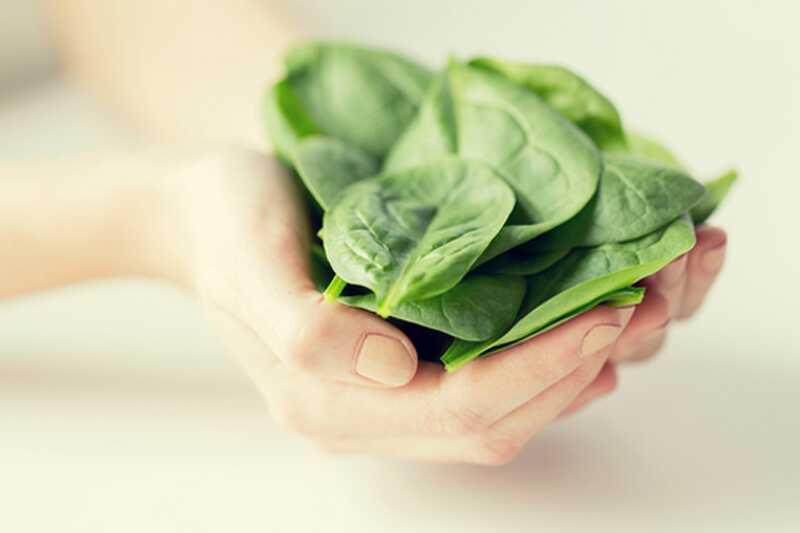 10 neverjetnih super hrane za premagovanje migrene in glavobolov