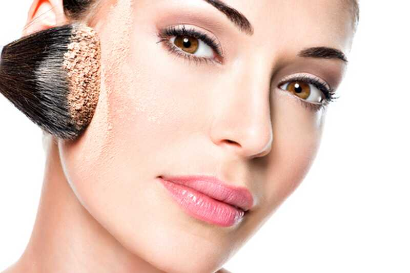 10 makeup hacks o tem, kako narediti ličila cel dan