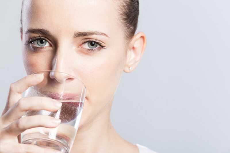 10 невероватних погодности пијења топле воде