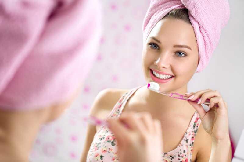 10 consigli di spazzolatura dei denti da conoscere