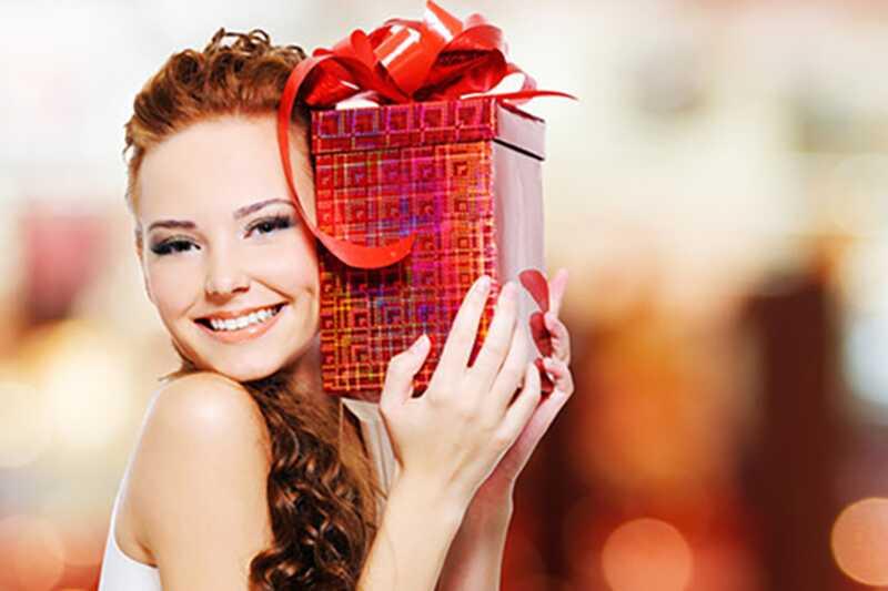 Kaj naj dobi ženo za njen rojstni dan? (nekaj nasvetov za moške)