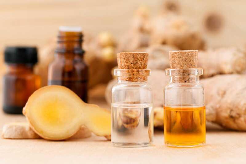 10 koristi in uporabe eteričnega olja ingverja