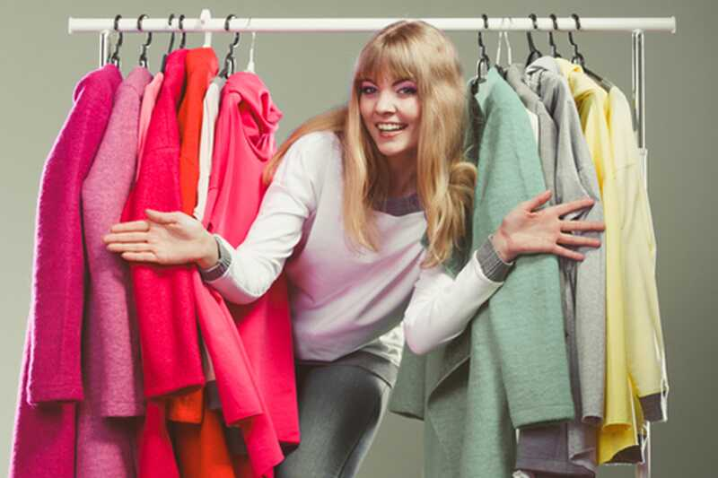 10 hasznos tipp a túl sok ruhát kínáló lányok számára