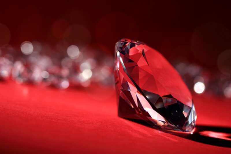 10 zanimivih dejstev o diamantih