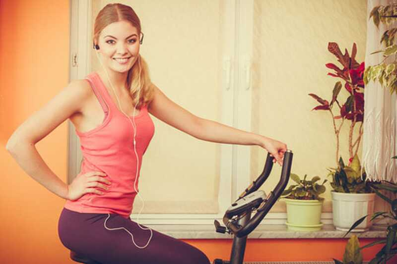 10 čudesnih razloga za slušanje muzike dok vežbate