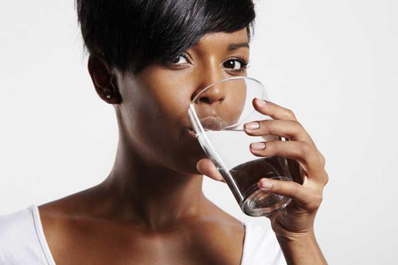 10 suurepärast kasu joogiveest tühja kõhuga