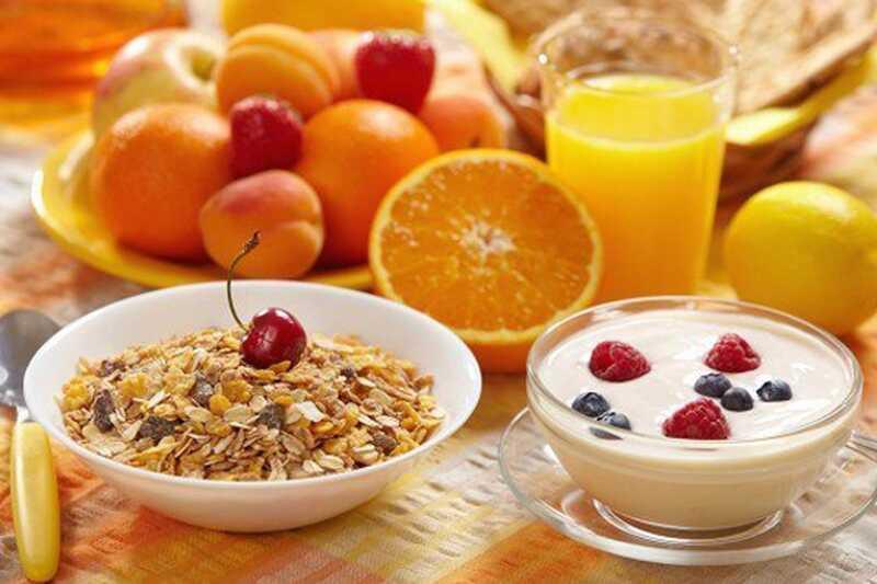 10 fordeler med å spise en sunn frokost om morgenen