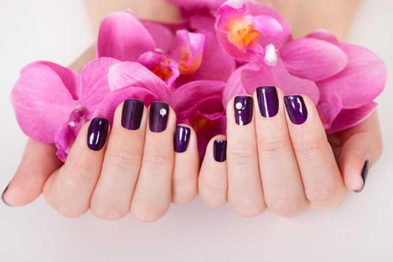 10 musí vedieť, tipy na nechty a hacks na to, ako urobiť skvelú manikúru doma