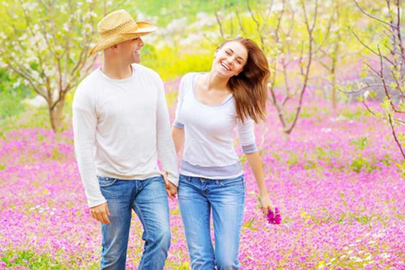 10 skupnih mitov o srečnih parov, ki jih morate prenehati verjeti