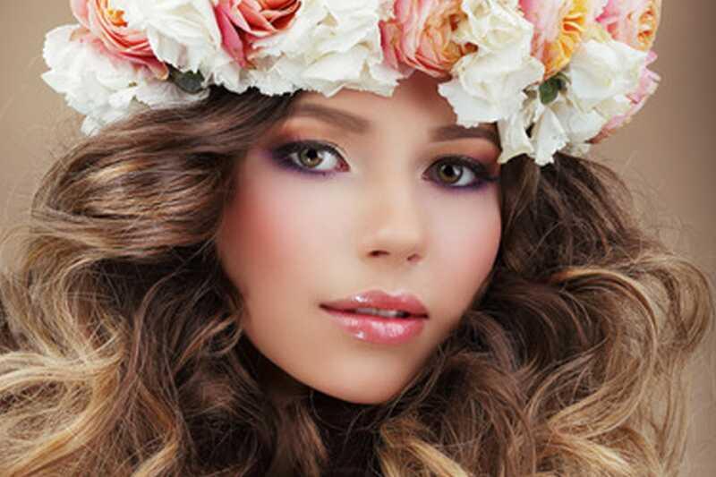 10 trucs de maquillatge útils per als ulls petits