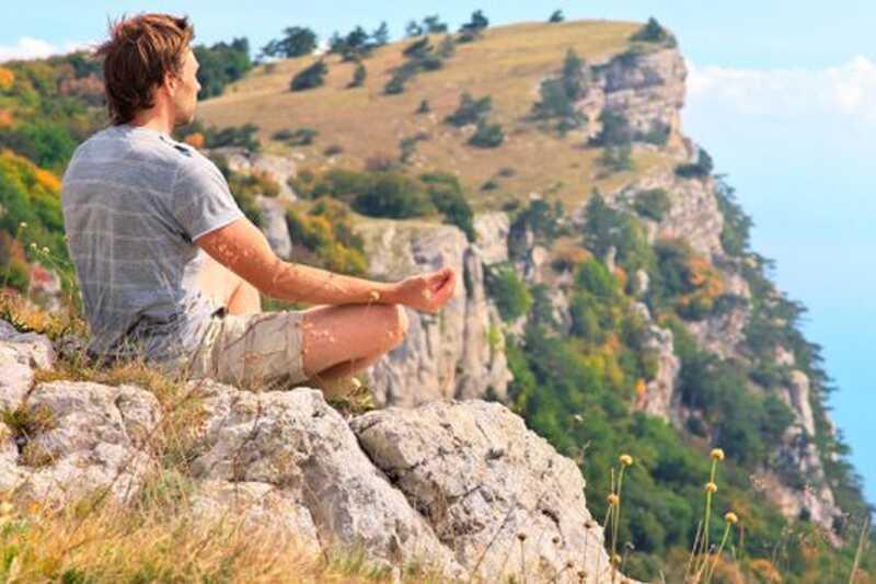 Vodnik po novicah za meditacijo: 10 nasvetov o tem, kako meditirati za začetnike