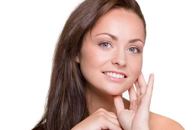 7 naravnih obraznih meglic receptov za neverjetno kožo