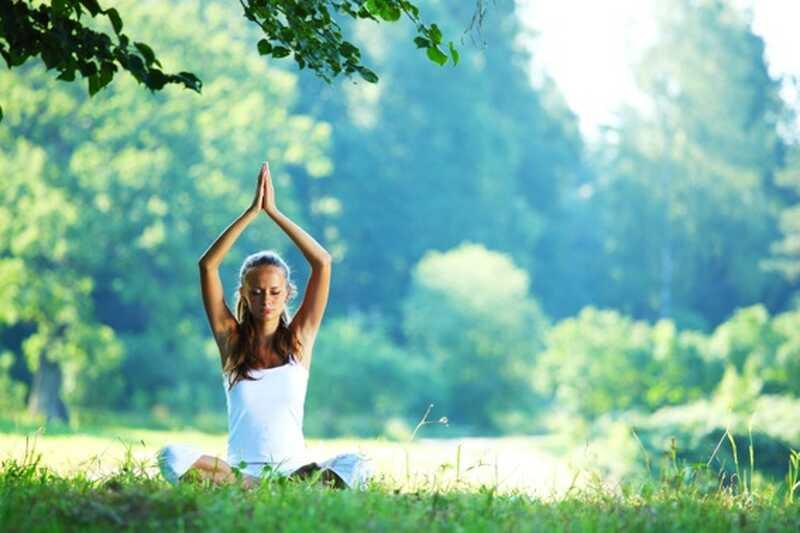 8 različnih vrst razredov joge, da poskusite