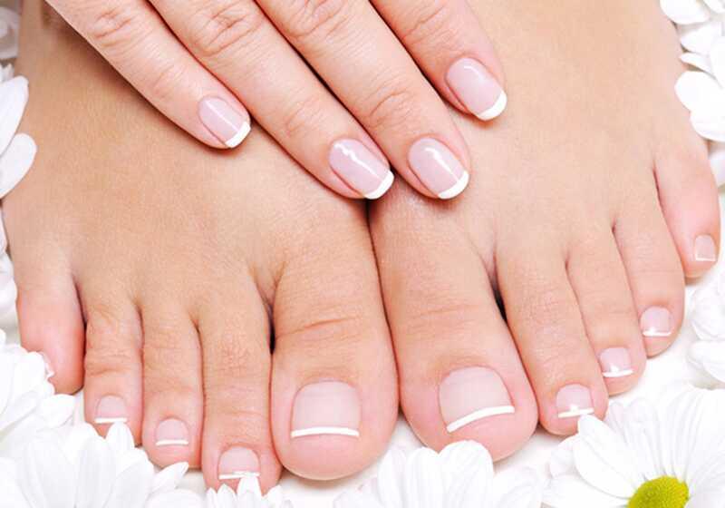 8 nasvetov, da bo vaše nohte in noge izgledal bajen, pripravljen za poletne sandale