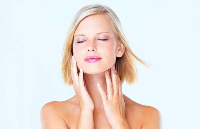 Kako obdržati obraz iz mastne kože? 8 učinkovitih lepotnih nasvetov za mastno kožo