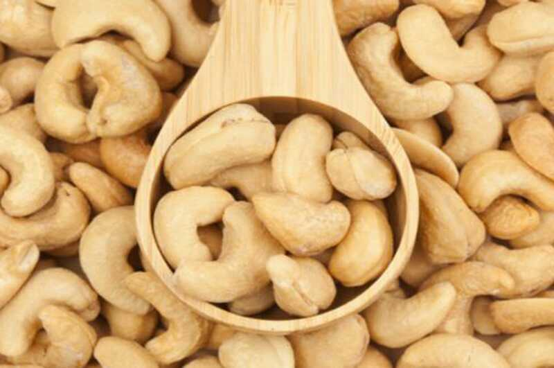 10 čudovitih zdravstvenih prednosti indijskega oreha