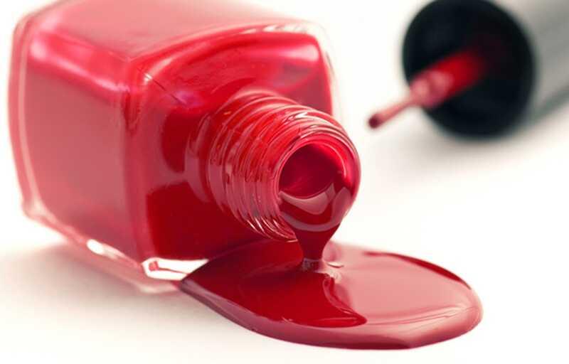 8 ongewone en onverwachte toepassingen voor nagellak